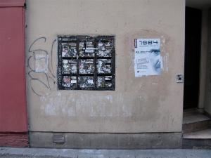 On a Paris wall: Nineteen Eighty Four